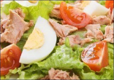 ton-balikli-akdeniz-salatasi
